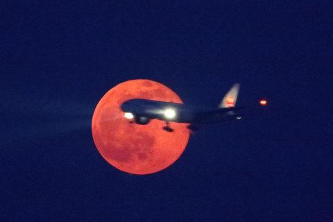160524満月JAL.jpg