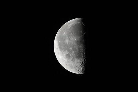 170419下弦の月.jpg