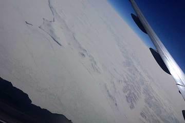 170525日本へ飛行中h.jpg